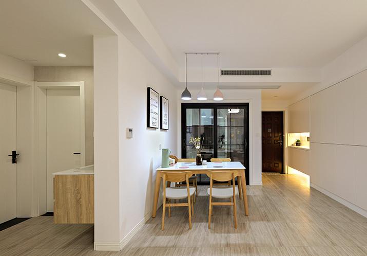 江南国际城客厅装修案例